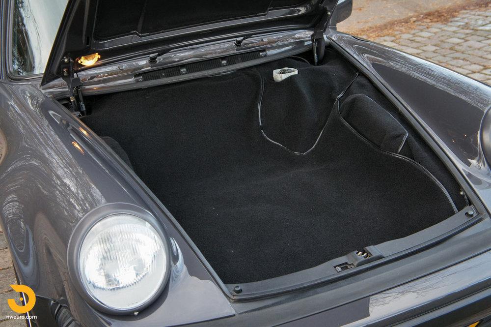 1985 Porsche 930 NL-42.jpg