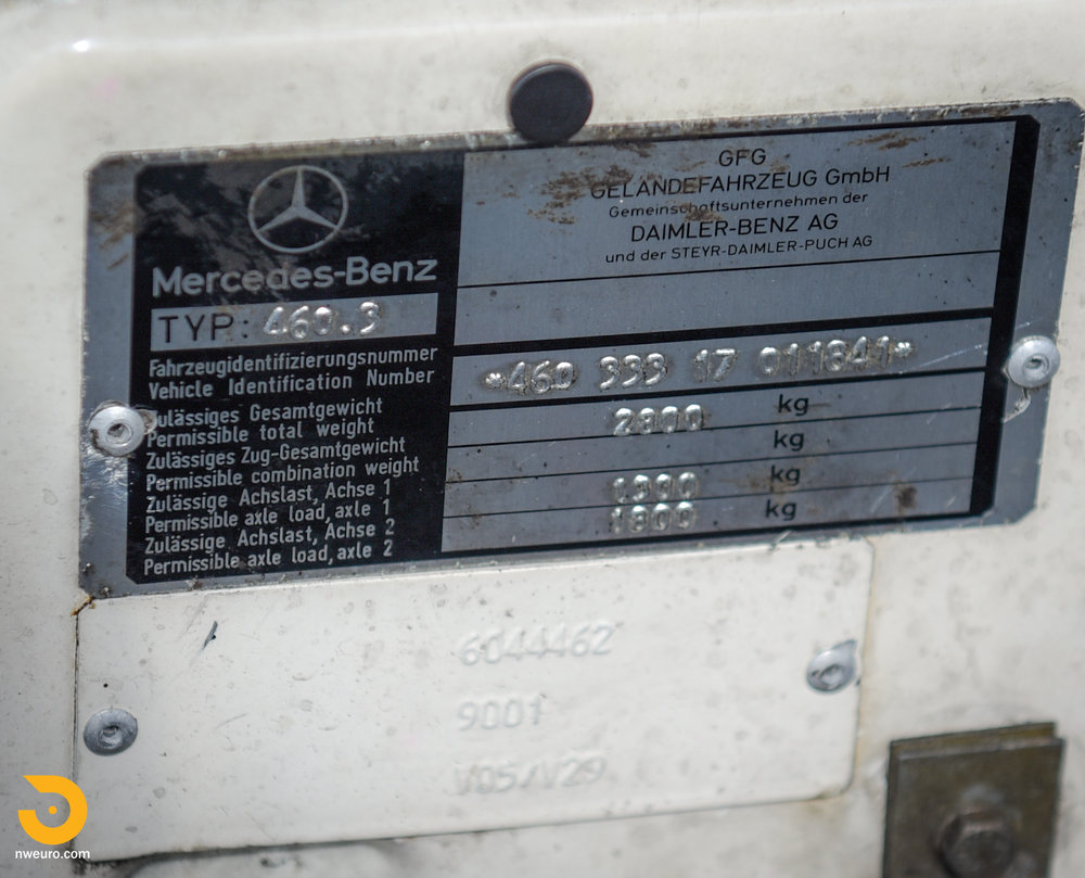 1981 Mercedes-Benz 300GD-41.jpg