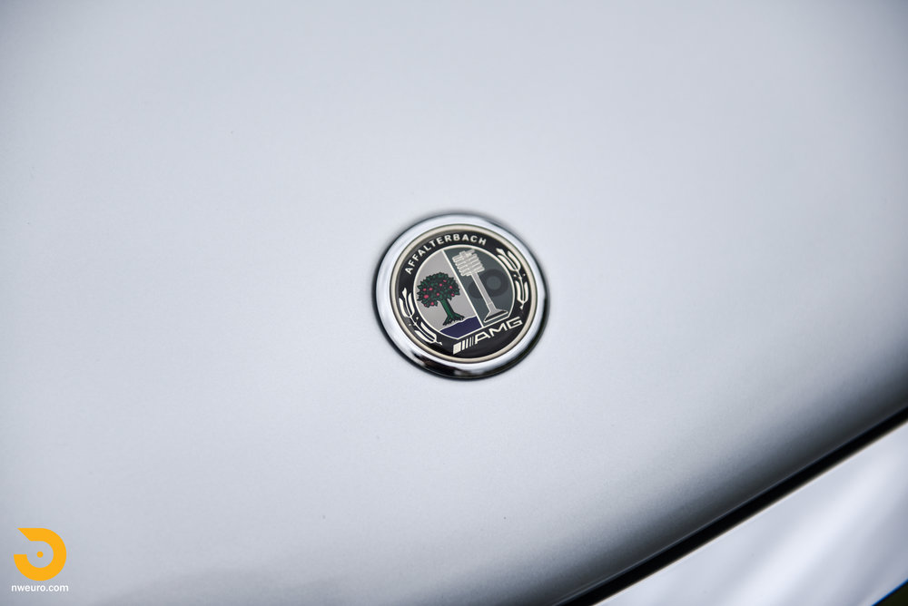 2007 Mercedes-Benz E63 AMG-7.jpg
