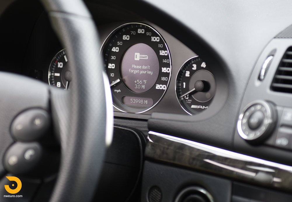 2007 Mercedes-Benz E63 AMG-16.jpg