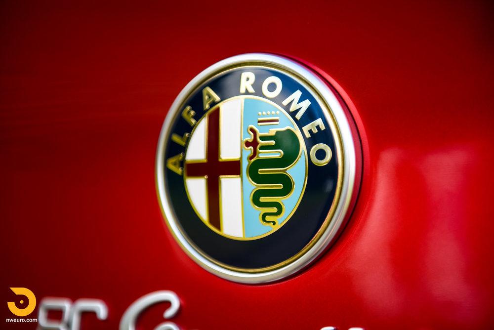 2008 Alfa Romeo 8C Competizione-75.jpg