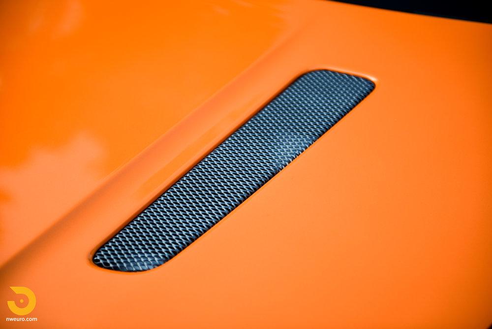 2009 Aston Martin V8 Vantage-9.jpg
