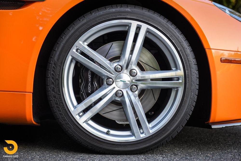 2009 Aston Martin V8 Vantage-11.jpg