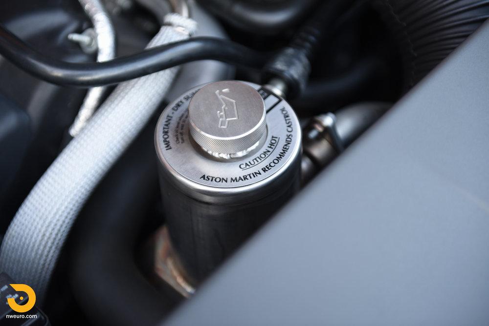 2009 Aston Martin V8 Vantage-20.jpg