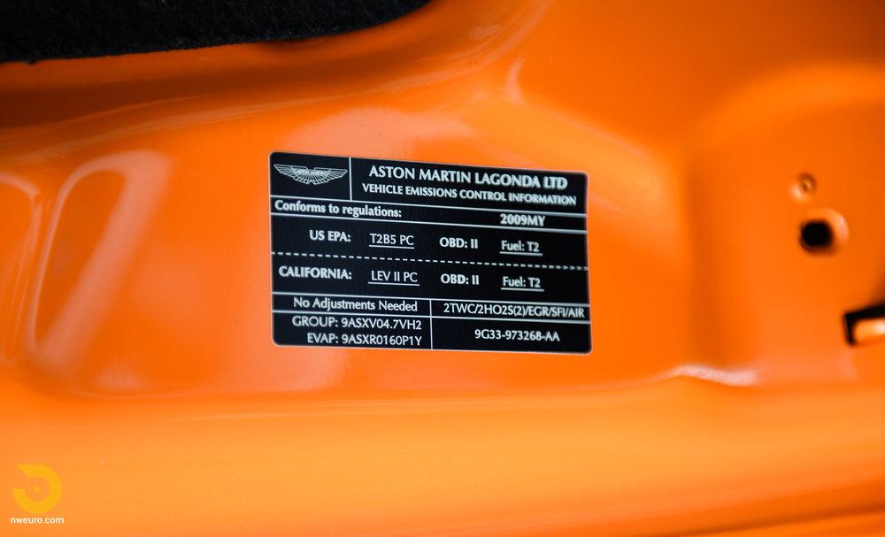2009 Aston Martin V8 Vantage-21.jpg