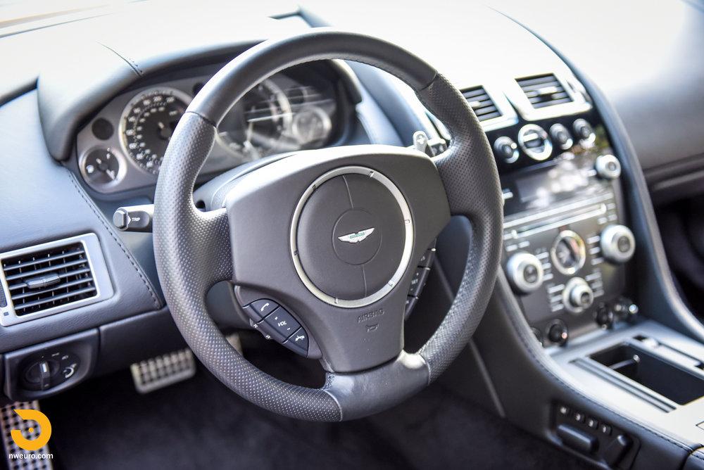 2009 Aston Martin V8 Vantage-31.jpg