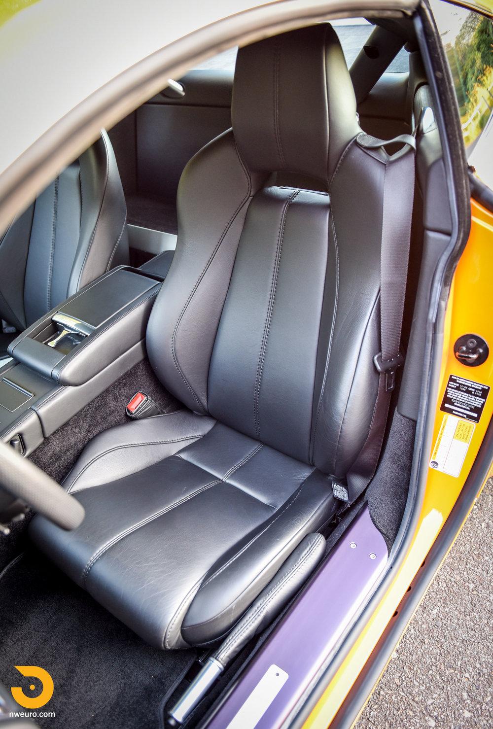 2009 Aston Martin V8 Vantage-37.jpg