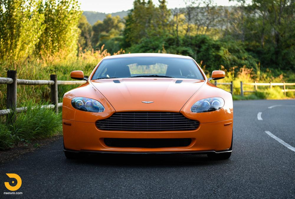 2009 Aston Martin V8 Vantage-39.jpg