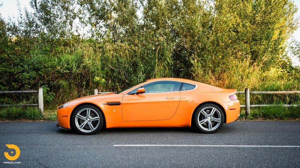 2009 Aston Martin V8 Vantage-42.jpg
