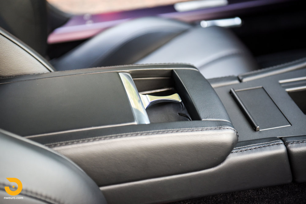 2009 Aston Martin V8 Vantage-51.jpg