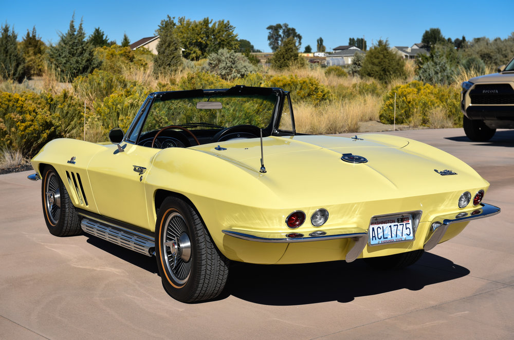 1966 Corvette 427 Roadster-4.jpg