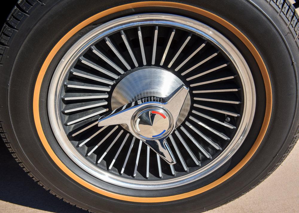 1966 Corvette 427 Roadster-9.jpg