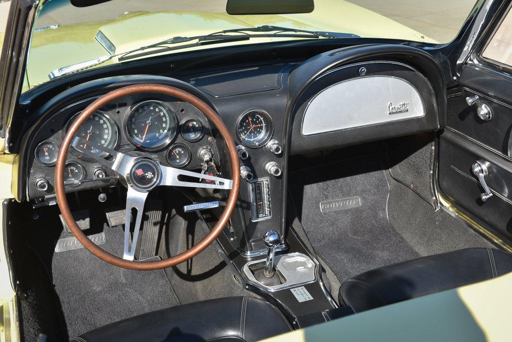 1966 Corvette 427 Roadster-11.jpg