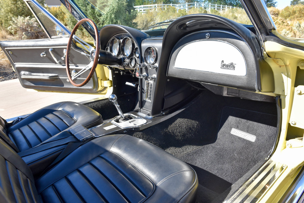 1966 Corvette 427 Roadster-15.jpg