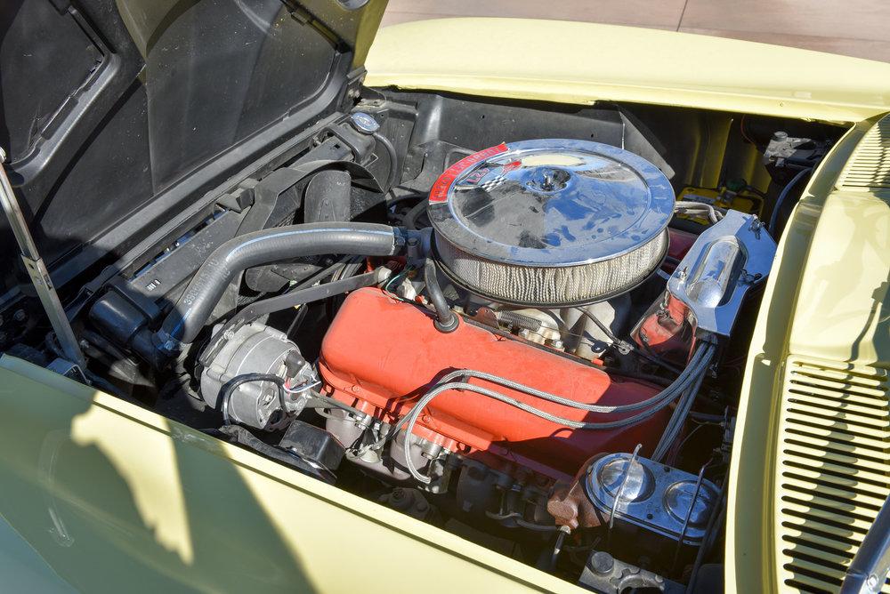 1966 Corvette 427 Roadster-17.jpg