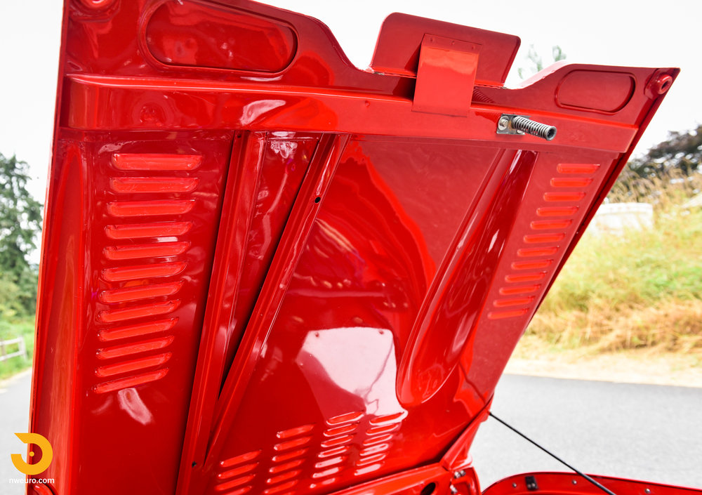 1963 Triumph TR4 Roadster-40.jpg