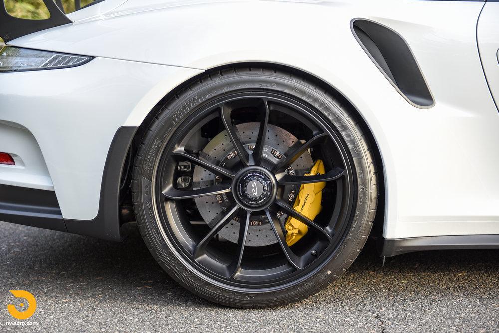 2016 Porsche GT3 RS-11.jpg