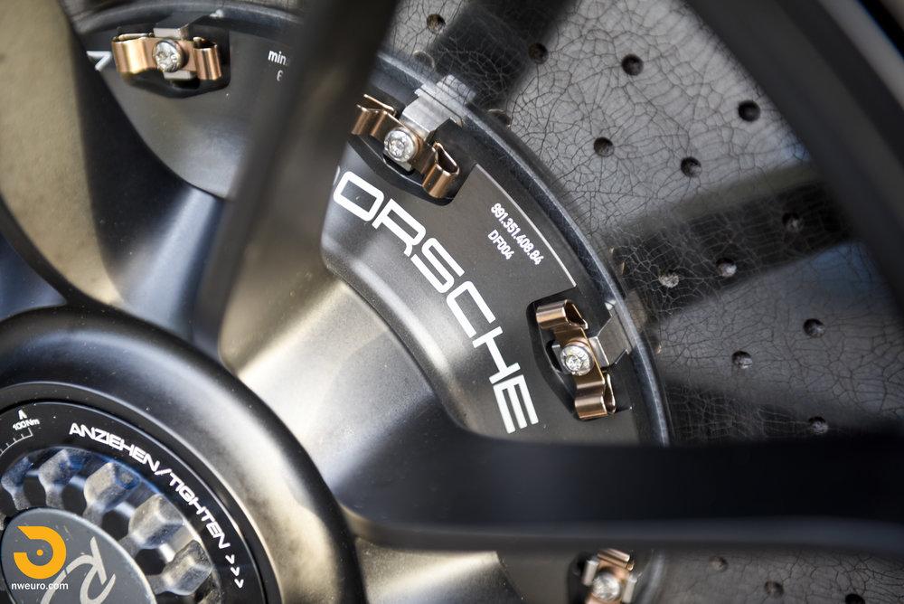 2016 Porsche GT3 RS-14.jpg