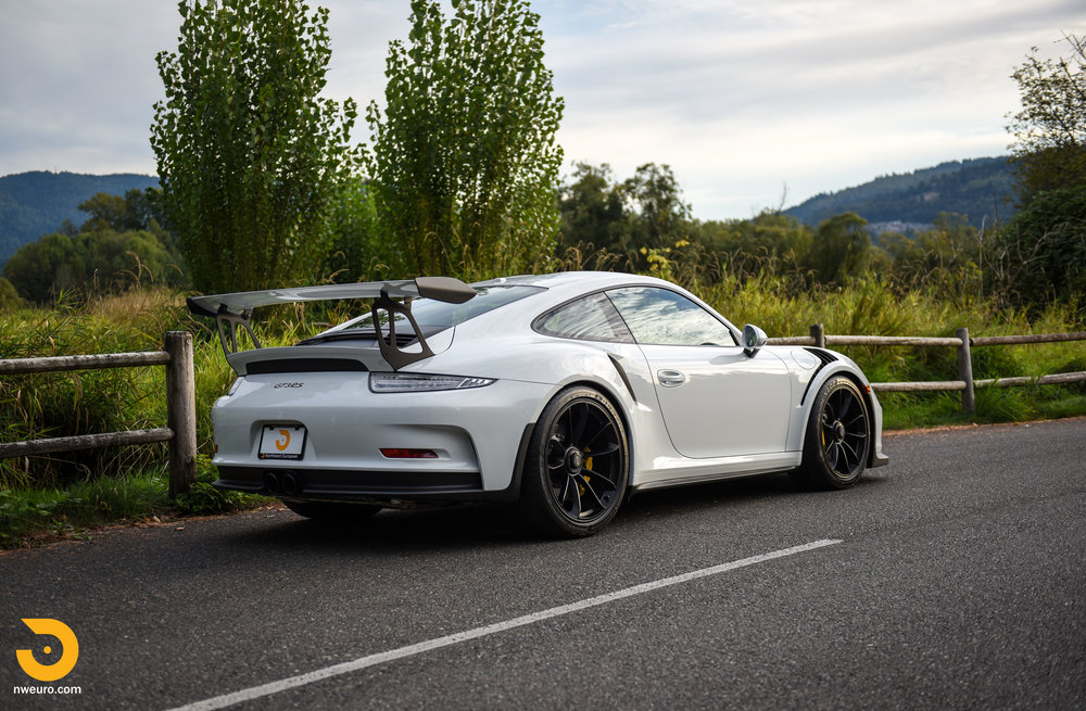 2016 Porsche GT3 RS-20.jpg