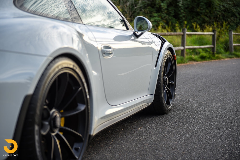2016 Porsche GT3 RS-25.jpg