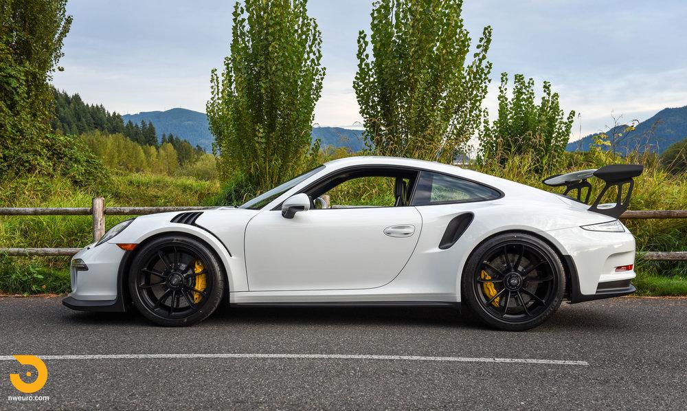 2016 Porsche GT3 RS-58.jpg