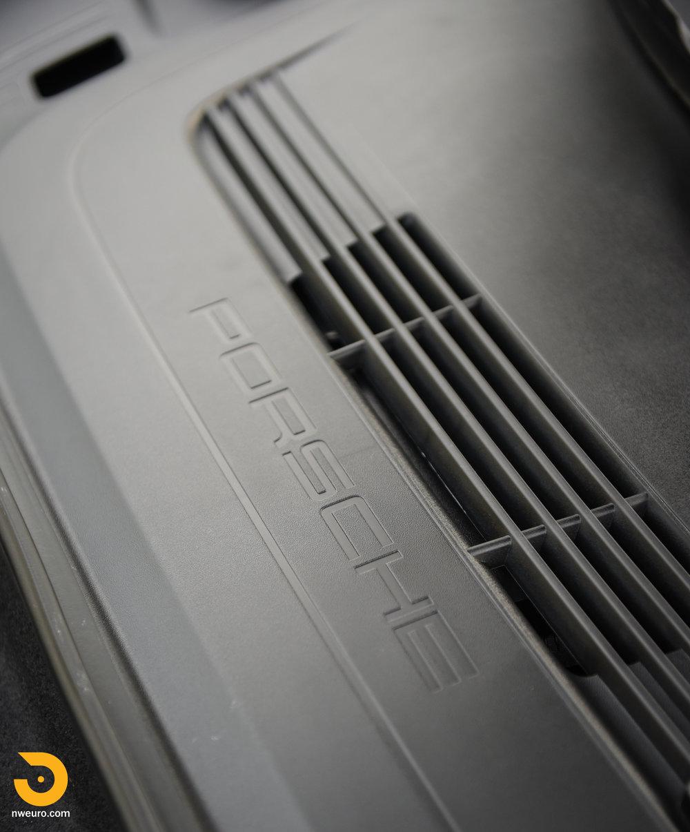 2016 Porsche GT3 RS-64.jpg