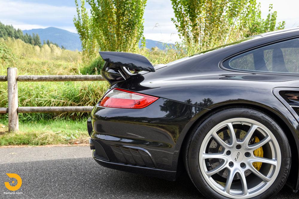 2008 Porsche GT2-14.jpg