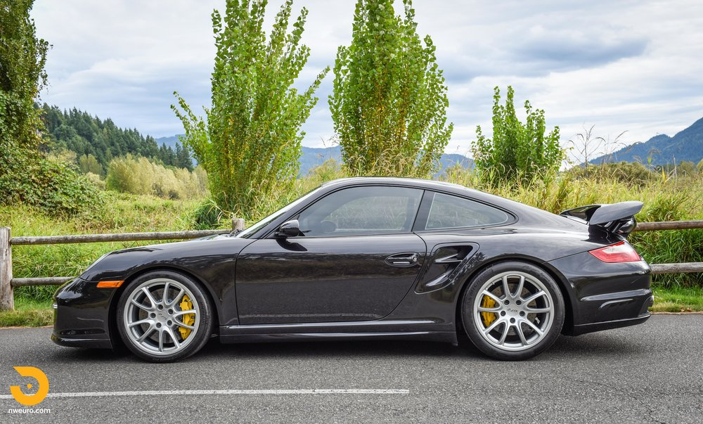 2008 Porsche GT2-57.jpg