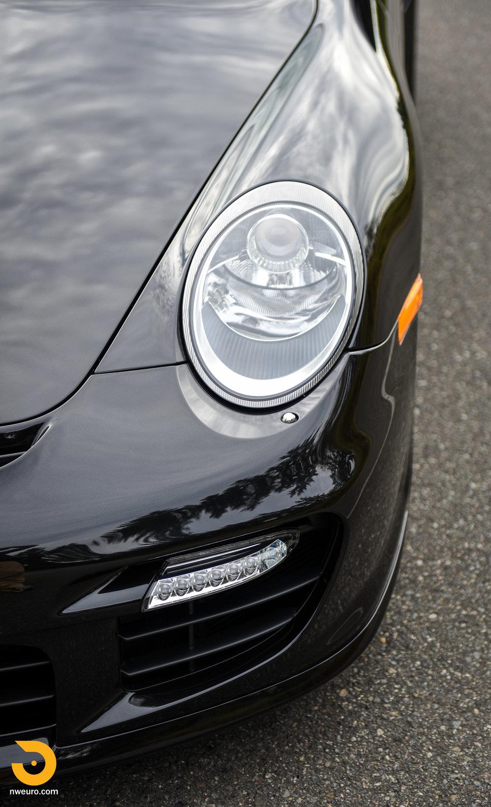 2008 Porsche GT2-65.jpg