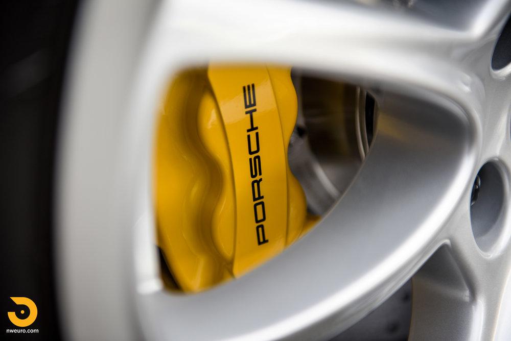 2008 Porsche GT2-76.jpg