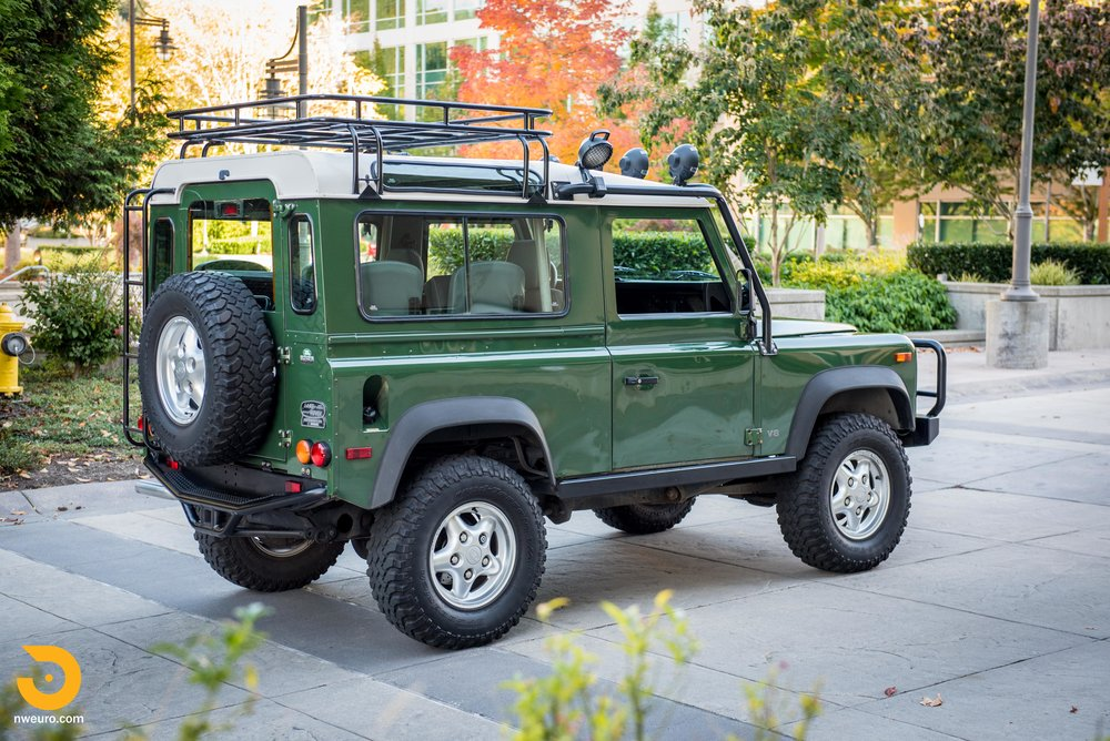 1997 Land Rover Defender 90 NAS-36.jpg