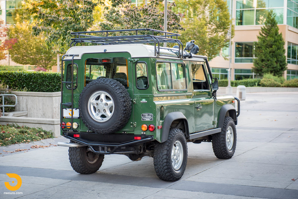 1997 Land Rover Defender 90 NAS-37.jpg