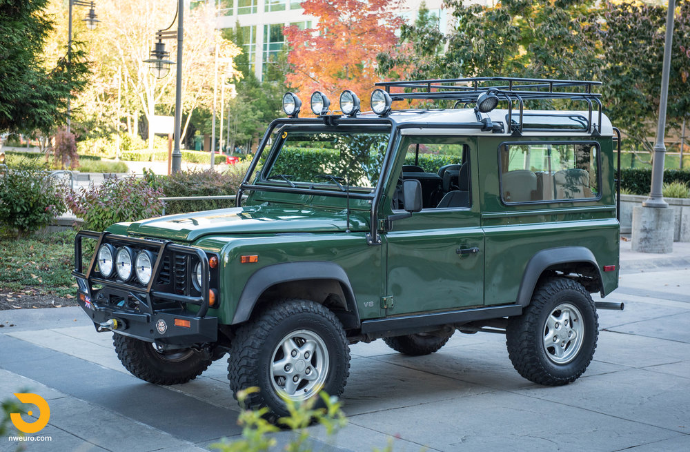 1997 Land Rover Defender 90 NAS-49.jpg