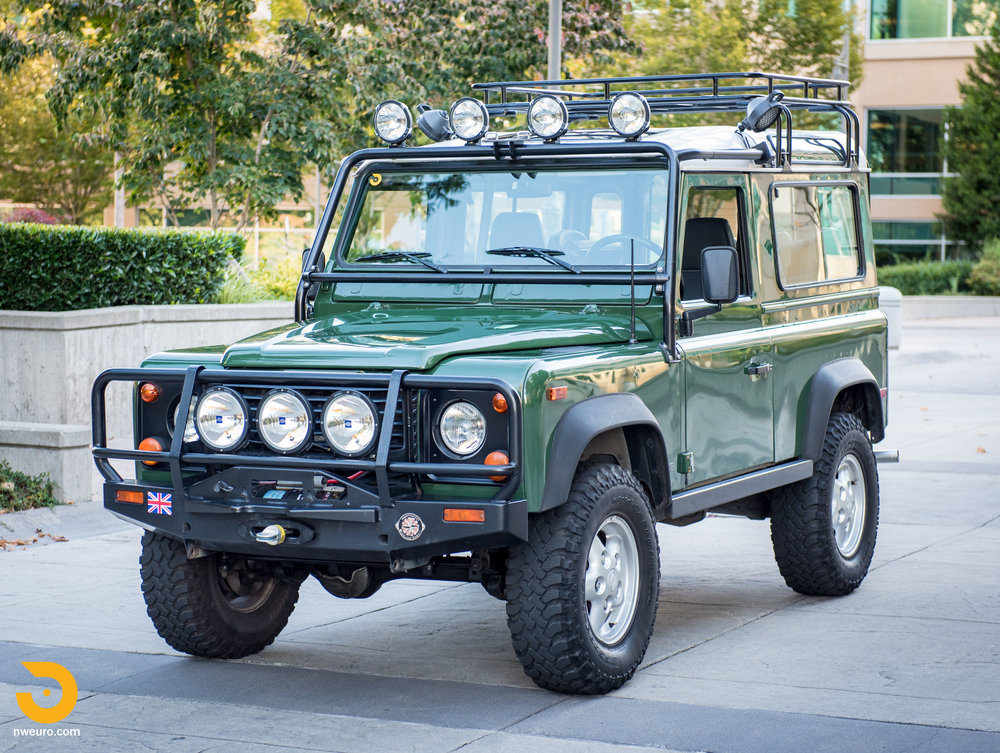 1997 Land Rover Defender 90 NAS-50.jpg
