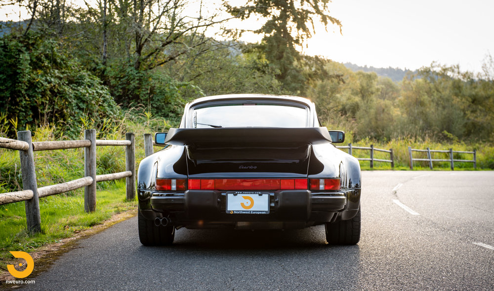 1987 Porsche 930-54.jpg