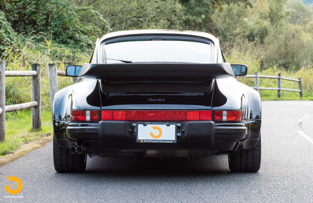 1987 Porsche 930-80.jpg