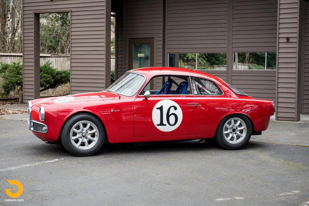 1963 Alfa Romeo Giulia Sprint 1600-3.jpg