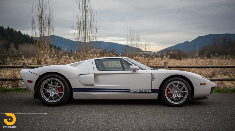 2005 Ford GT-4.jpg