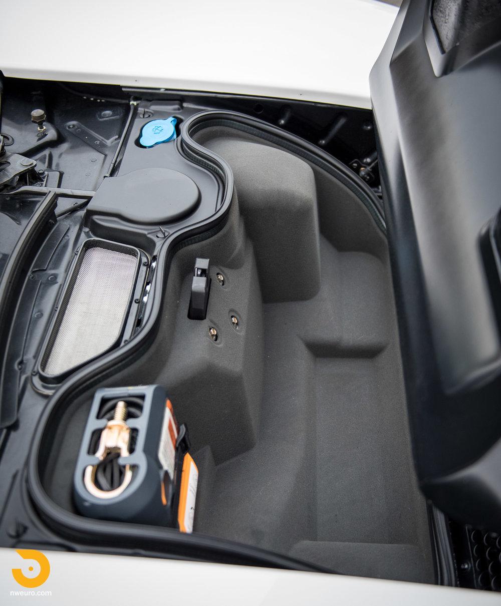 2005 Ford GT-37.jpg