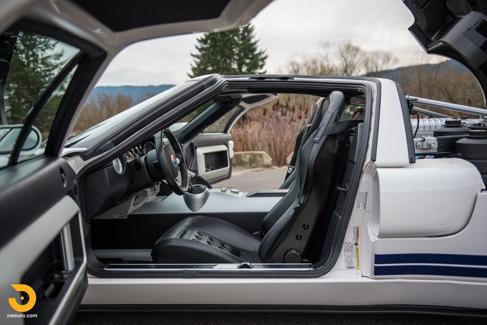 2005 Ford GT-44.jpg