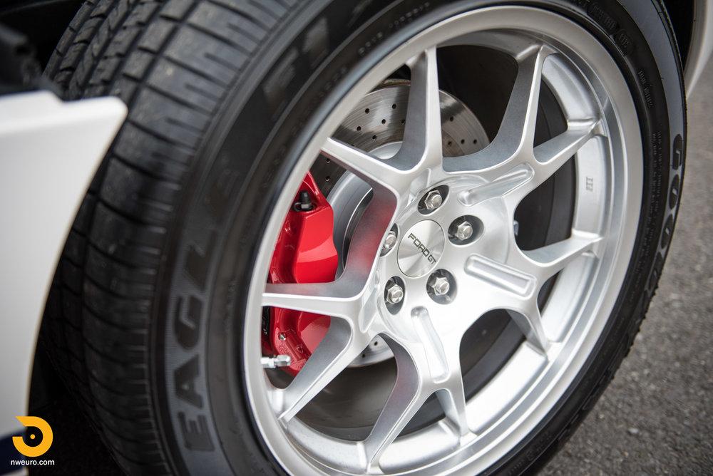 2005 Ford GT-52.jpg