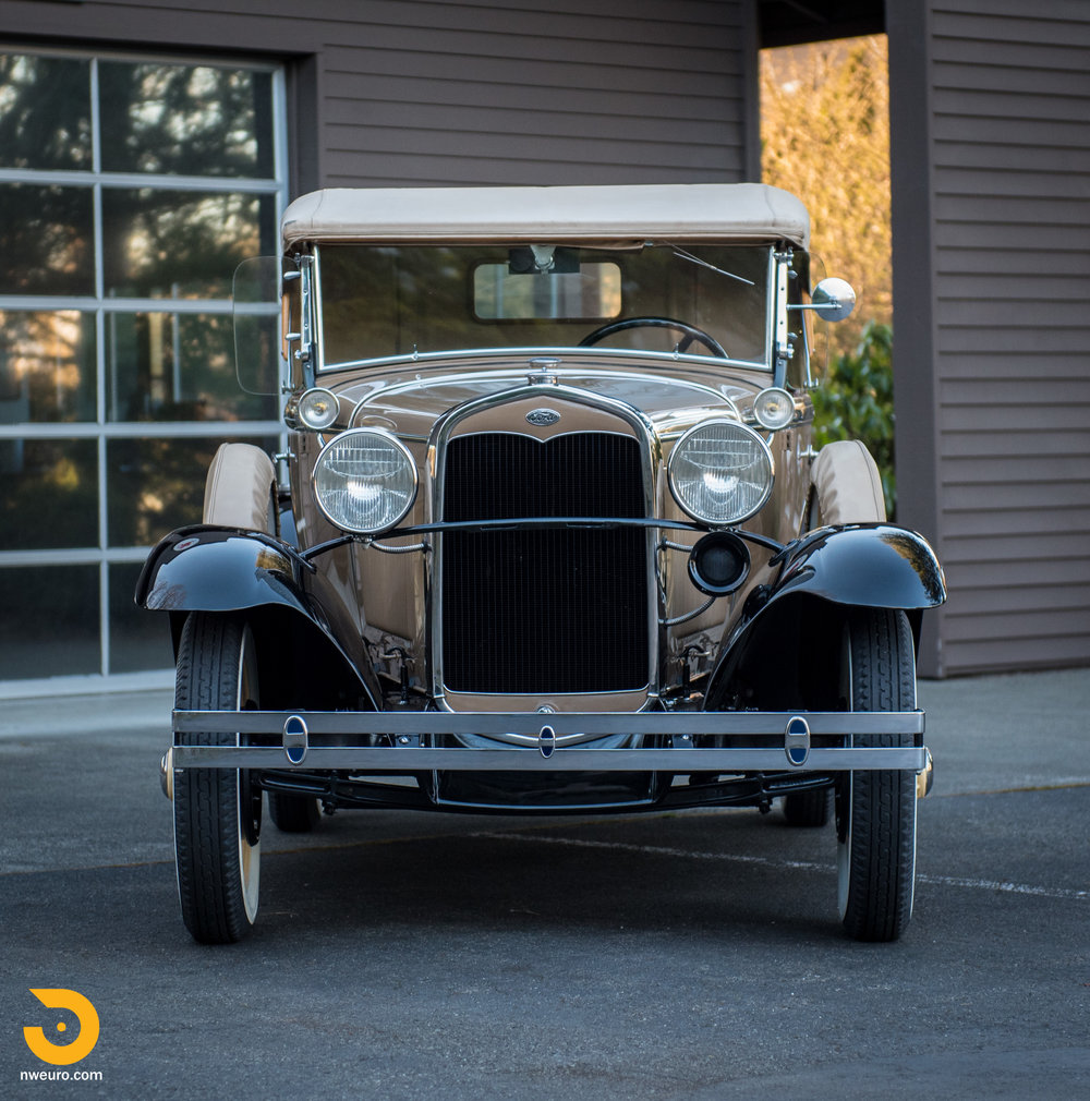 1931 Ford Model A Deluxe Roadster-2.jpg