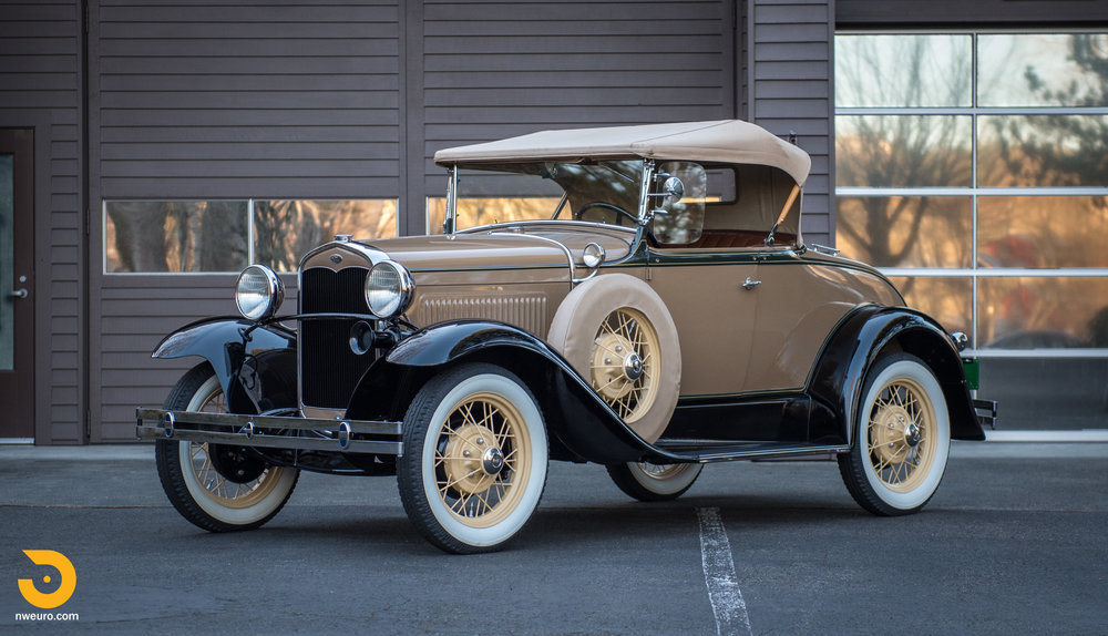 1931 Ford Model A Deluxe Roadster-1.jpg