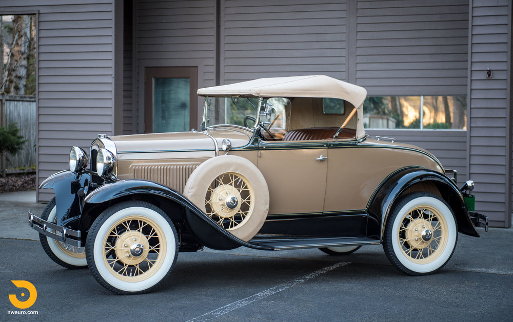 1931 Ford Model A Deluxe Roadster-3.jpg