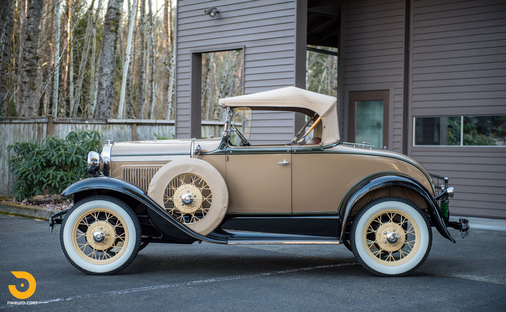 1931 Ford Model A Deluxe Roadster-4.jpg
