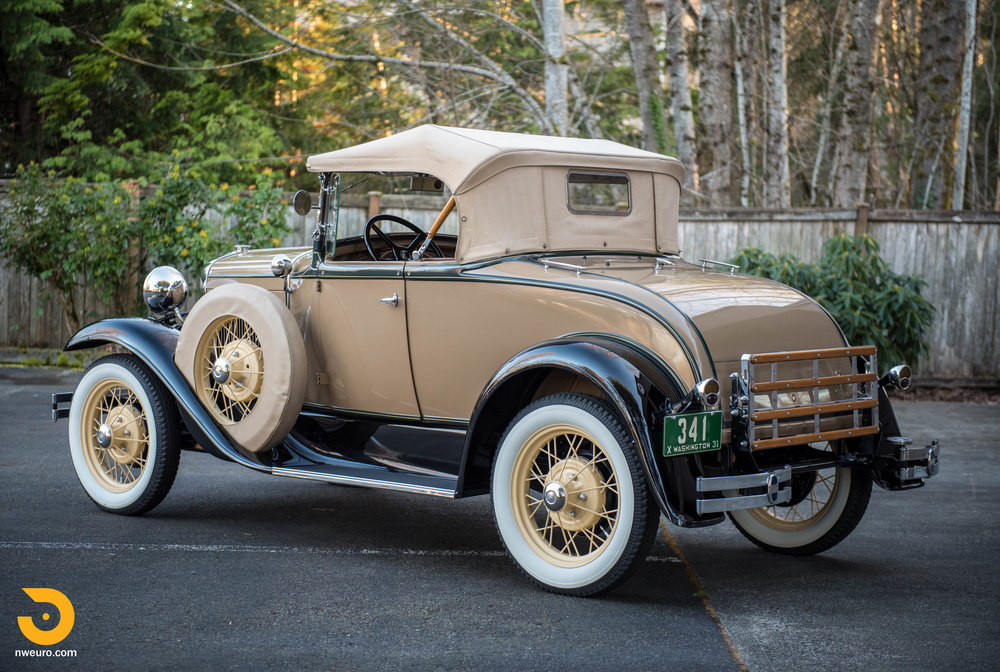 1931 Ford Model A Deluxe Roadster-5.jpg