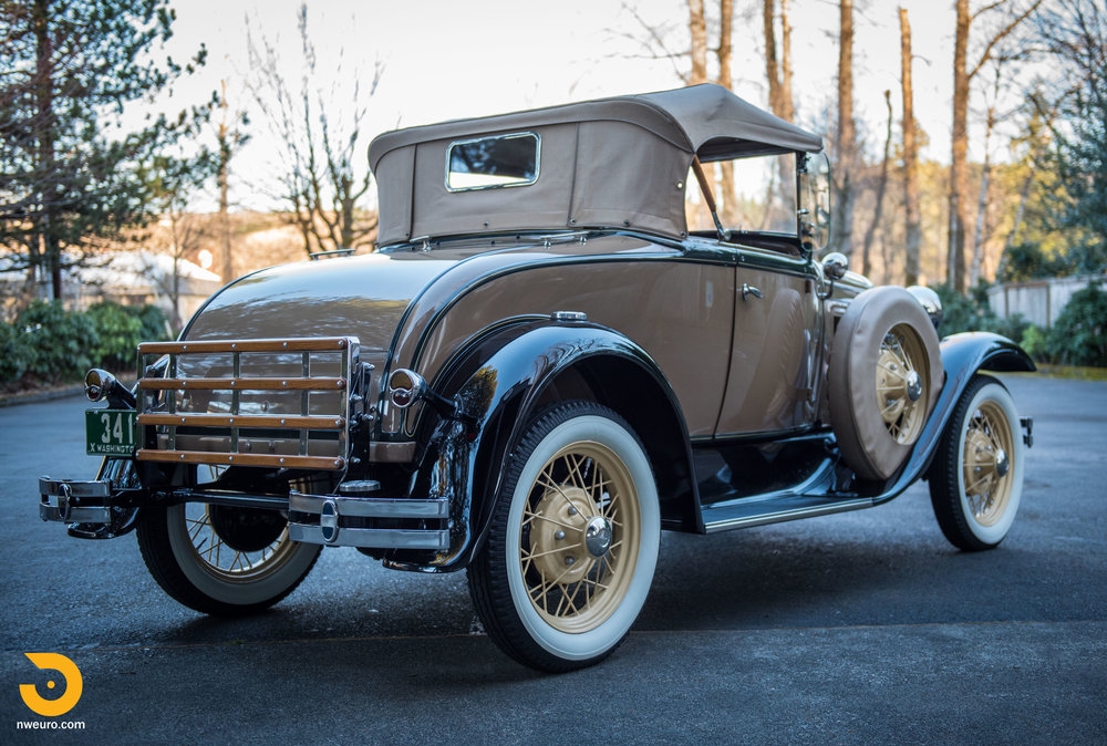 1931 Ford Model A Deluxe Roadster-8.jpg