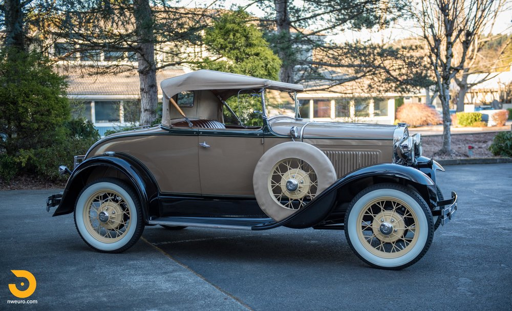 1931 Ford Model A Deluxe Roadster-10.jpg