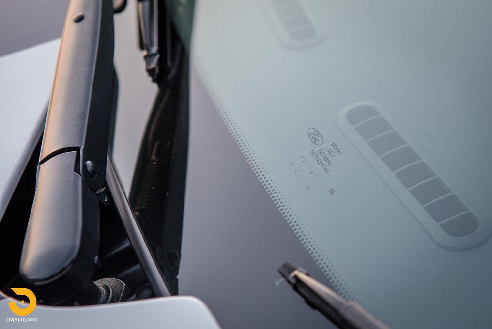 2006 Ford GT-60.jpg