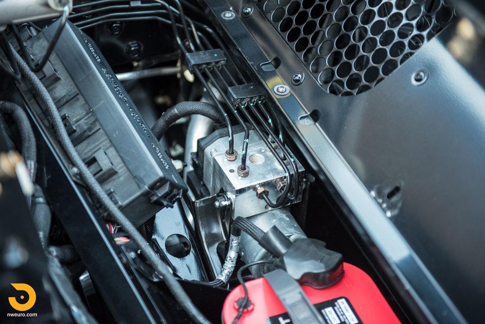 2006 Ford GT-71.jpg